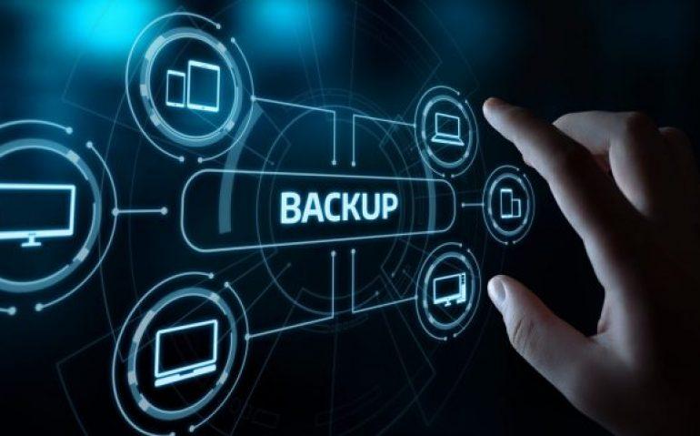 backup-scaled-2560x1280-720x360
